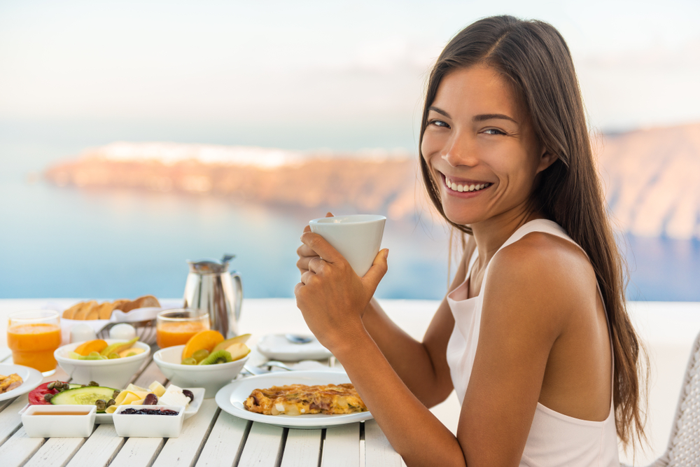 10 Healthy Eating Travel Tips