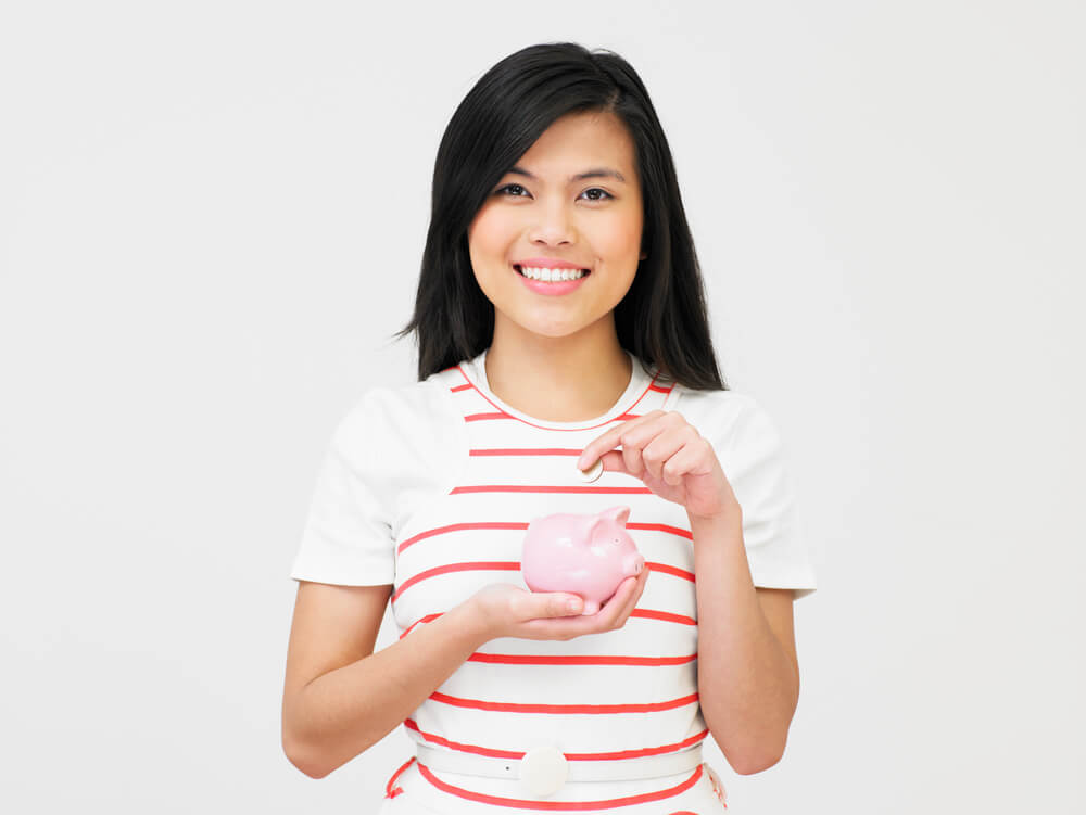 Give Your Teen a Head Start on Their Financial Future