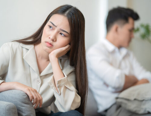 """What to Do When Your Partner Becomes """"Emotionally Unavailable"""""""